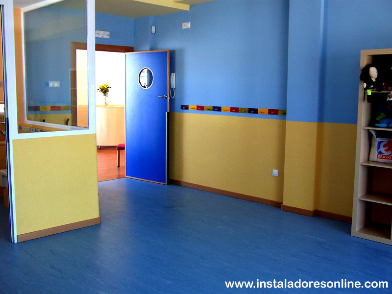 Pavimentos vinilicos pavimentos de pvc ejemplos de - Revestimiento vinilico para paredes ...